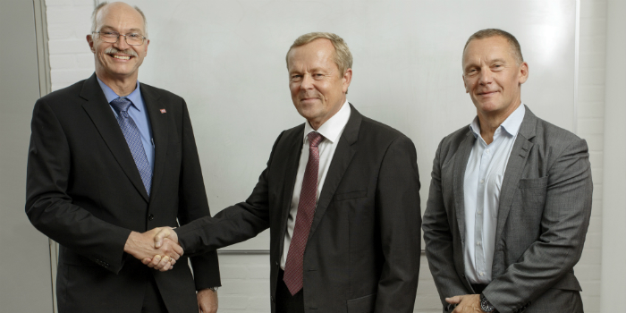 Left to right: President Anders Bjarklev, DTU; Country Manager Peter Vermehren-Poulsen and Global Director Claus Larsen from Atos. Photo: Mikal Schlosser