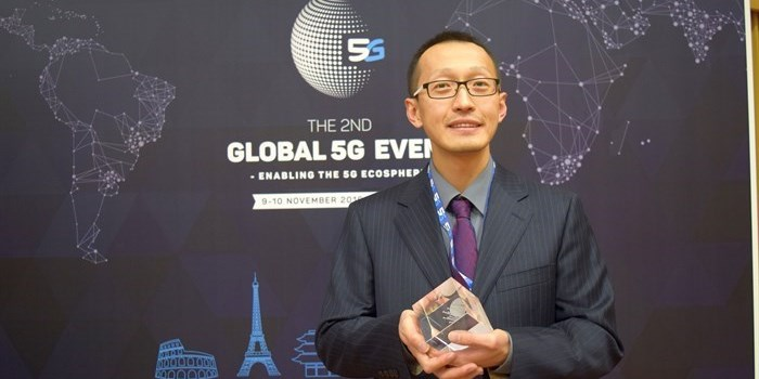 Professor Hao Hu from DTU received the prestigious Horizon 2020 Prize for breaking the optical transmission barriers. He accepted the prize Wednesday Nov 9th in Rome. Photo: Yildiz Arslan