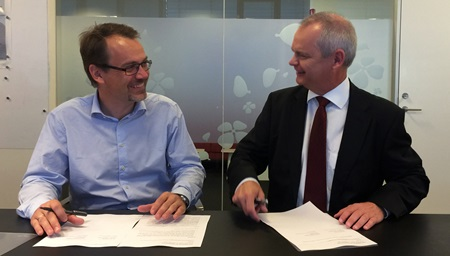 Novozymes and DTU Chemical Engineering sign the contract